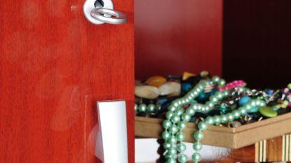 Dieven aan de haal met juwelen