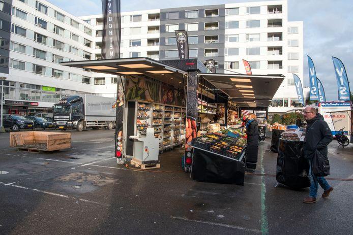 Den Heuvel is een ongezellige plek voor de weekmarkt in Velp.