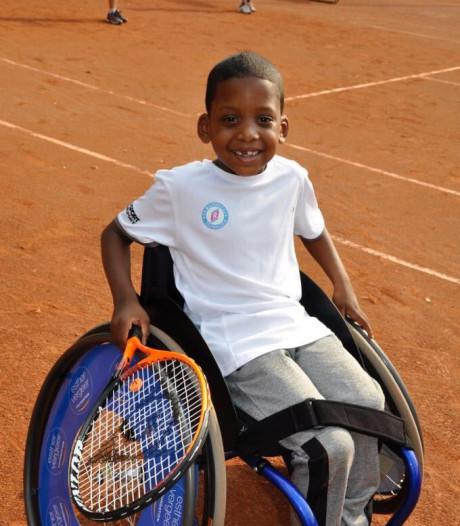 Nijmeegse rolstoeltennisser Jernilius Martina (6) is Uniek Sporttalent