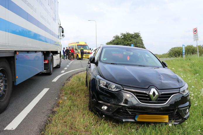 Ongeluk met scooter en auto in Zuilichem
