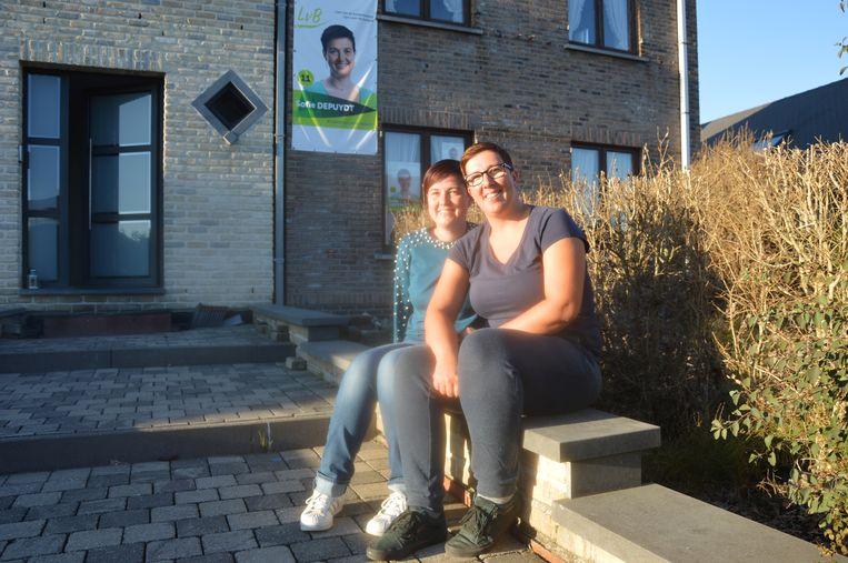 Tweelingzussen Sofie en Liesbeth Depuydt.