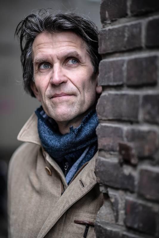Regisseur Rik Luijmes uit Nijmegen: ,,Er alleen maar een schurk van maken, dat is te makkelijk.''