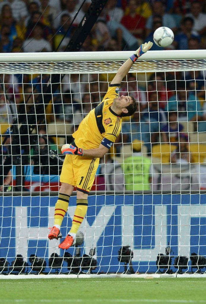 Een redding tijdens de EK-finale tussen Italië en Spanje in 2012.