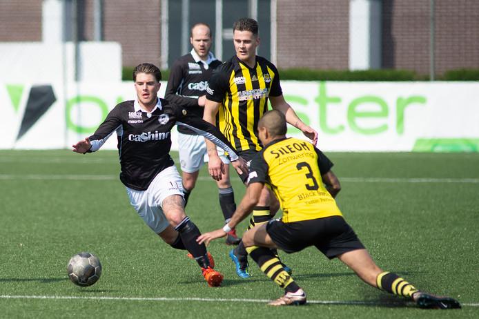 WSV en Columbia nemen het zaterdagavond (aftrap 19.00 uur) tegen elkaar op in de Apeldoornse derby van de tweede klasse J.