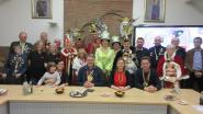 Stadhuis ontvangt veertien carnavalsgroepen