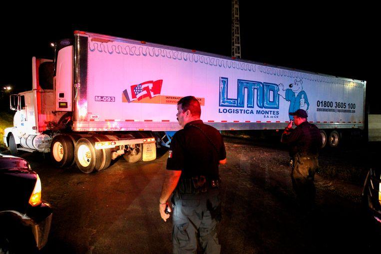 Archiefbeeld: een koeltruck met meer dan 100 ongeïdentificeerde lichamen in Guadalajara