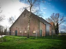 Deze verpauperde boerderij in De Biesbosch krijgt een nieuwe toekomst als bed & breakfast