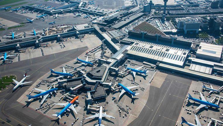 Dankzij de groei van het aantal passagiers naar 63 miljoen bereikte Schiphol de top drie van Europa Beeld anp
