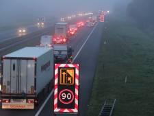 Enorme vertraging op A1 tussen Hengelo en Deventer door gestrande vrachtwagen