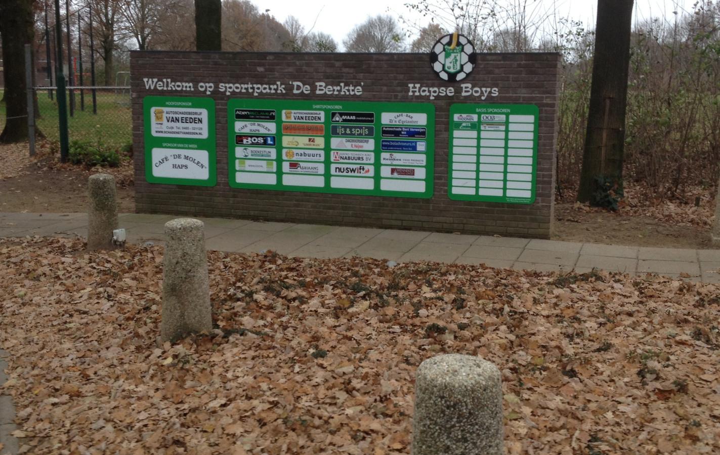 Entree van De Berkte, sportpark van Hapse Boys.