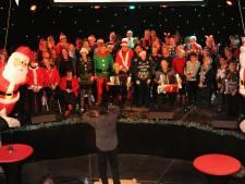 Korendag in Vlissingen: Liever meezingen dan scanderen op het Bellamypark