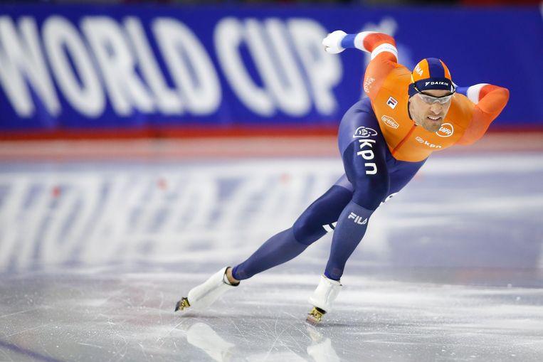 Kjeld Nuis tijdens de 1.000 meter in Calgary. Beeld AP