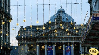 Eerste kerstlichtjes gespot aan Beurs