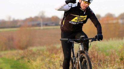 Dure mountainbikes gestolen na toertocht