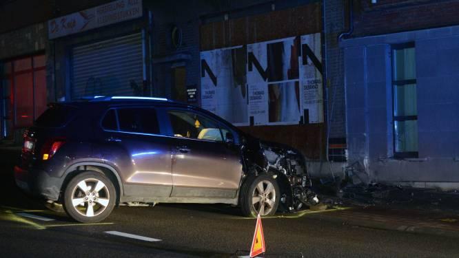 Dronken man rijdt tegen gevel op Diestsesteenweg en verliest rijbewijs