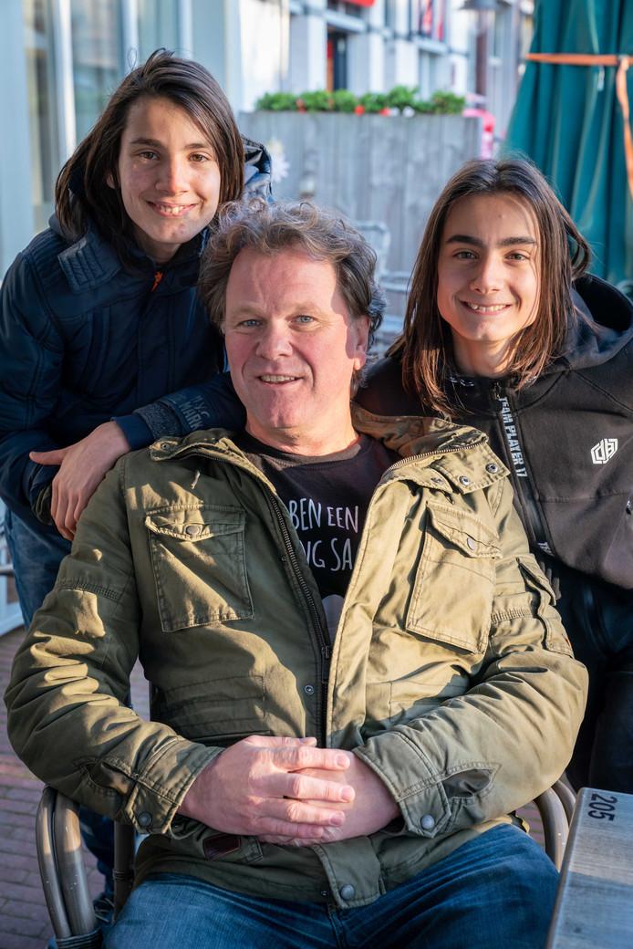 Ed van der Goot met zoons Velichko en Georgi.
