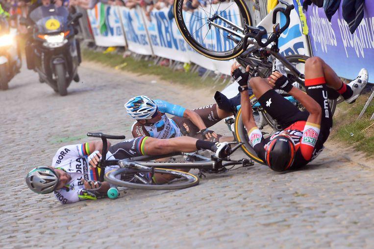 Naesen ging tegen de vlakte met Sagan en Van Avermaet.