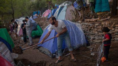 Geweld breekt uit in overbevolkt migrantenkamp op Grieks eiland