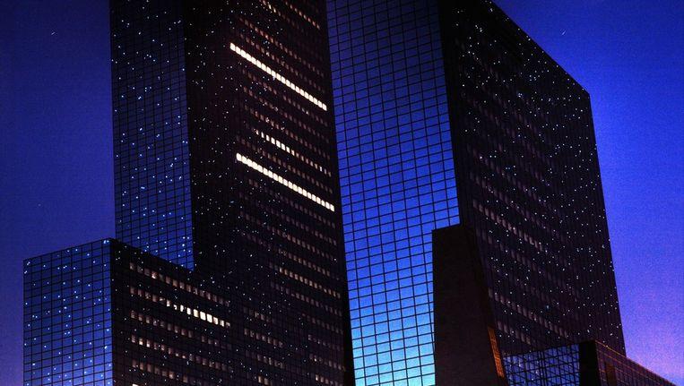 Het blauwglazen hoofdkantoor van Nationale Nederlanden in Rotterdam, naar ontwerp van Bonnema. © ANP Beeld