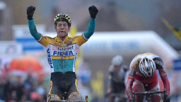 Tom Meeusen wint voor het eerst de crossklassieker in Overijse, Klaas Vantornout zag in de sprint slechts zijn achterwiel.