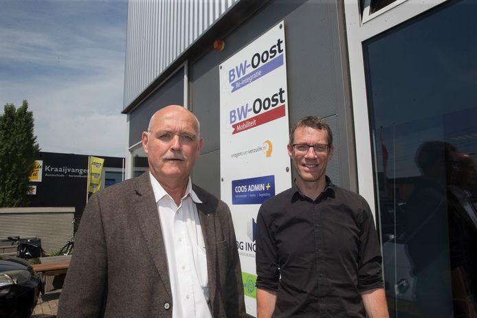 Toon Schepers (links) en Henk Knipping bij BW-Oost. Foto Theo Kock