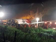 Minstens zestien doden bij vliegtuigcrash in India