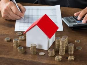 Quels risques sont liés aux taux d'intérêt variables actuellement?