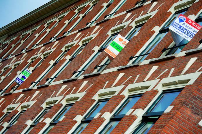 De huizenhandel bloeit in Rotterdam.