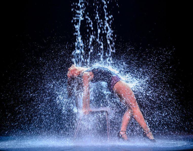 'Joop zie: hoe kan het nou dat jouw grote Flashdance goedkoper is dan mijn kleine Love Story?' Beeld Roy Beusker