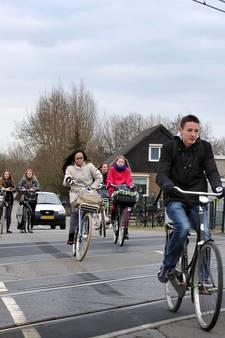 'Ja, deze spoorovergang in Woerden is nog steeds gevaarlijk'