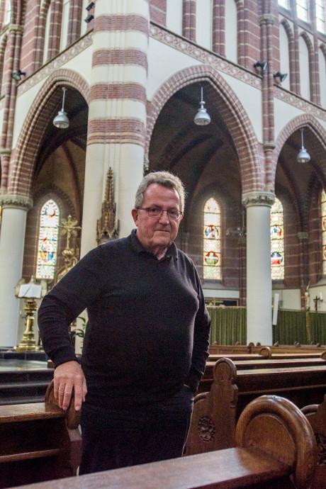 Christof van Buijtenen zegt parochianen in Oisterwijk vaarwel: 'Heel de kerk lijdt'