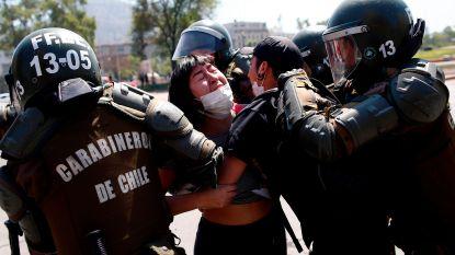 """President Chili belooft """"nieuw sociaal contract"""" na massale protesten"""