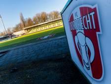 Wethouder lobbyt in Den Haag voor woningen in of op stadion FC Dordrecht