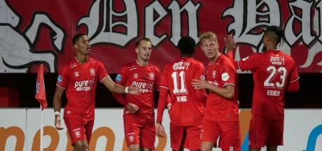 Nieuwe koploper FC Twente ondanks extreem trage VAR langs FC Groningen