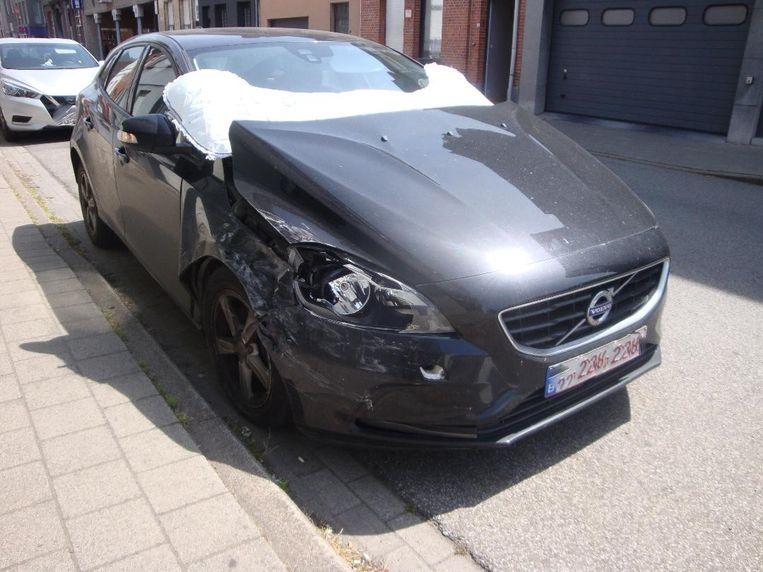 Een Volvo V50 liep vanmiddag  schade op bij een ongeval in de Franz Wittoucklaan.