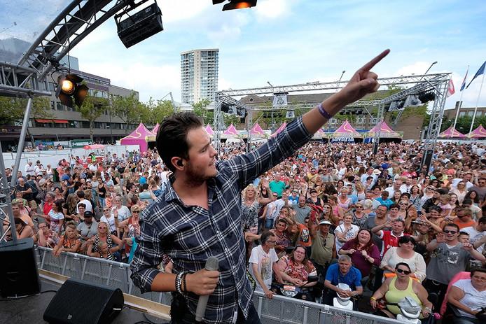 Het optreden van Henk Dissel zondag op het Festival van het Levenslied.