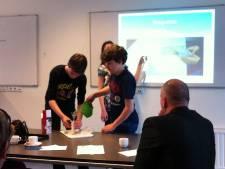 Leerlingen Cambium College Zaltbommel bedenken oplossingen voor scheiden regenwater van afvalwater