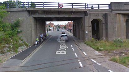 Viaduct Bogaardestraat dicht door schade aan brug