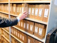 Regionaal Archief Rivierenland zoekt handjes met kennis van hanenpoten: wie helpt oude notarisakten online te krijgen?