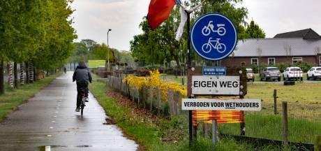 Grond onder Liessels fietspad na vijftien jaar overgedragen