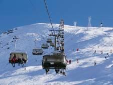 LIVE | Franse skigebieden dit jaar niet meer open, carbidschieten in Brabant verboden