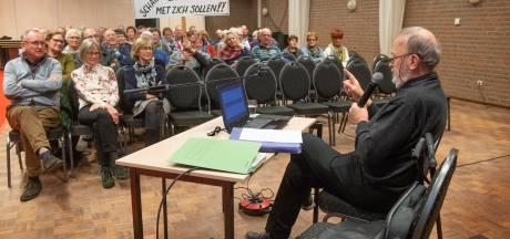 Piet Manders voedt protest met betoog van uur en kwartier: 'We worden belazerd'