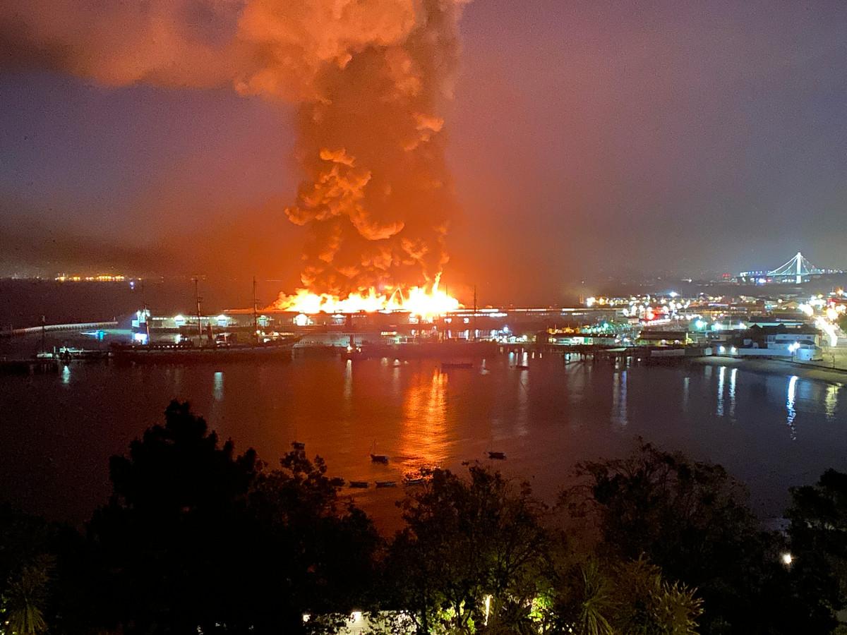 De brand op Fisherman's Wharf in San Francisco.