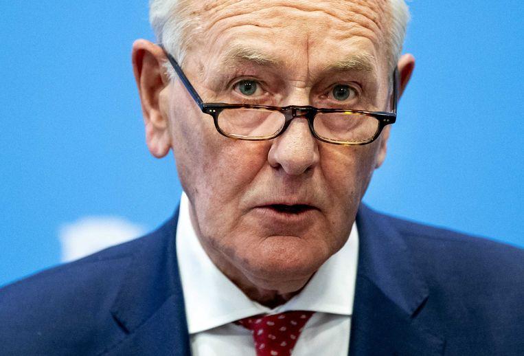 Johan Remkes, voorzitter van de staatscommissie parlementair stelsel, tijdens de persconferentie in Nieuwspoort. Beeld ANP