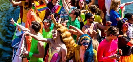 Tóch nog homofestival in Utrecht: 'We kunnen wel wat kleur gebruiken'