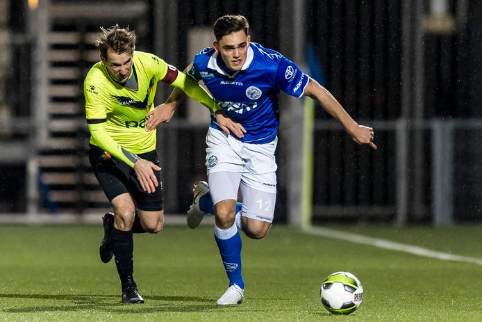 Sam Kersten, hier op een archieffoto in actie tegen Telstar, droeg zaterdag in de verloren oefenwedstrijd bij Roda JC de aanvoerdersband bij FC Den Bosch.