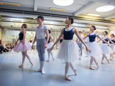 Koninklijke Balletschool viert vijftigjarig bestaan Ballet van Vlaanderen met voorstellingen in Stadsschouwburg en HetPaleis