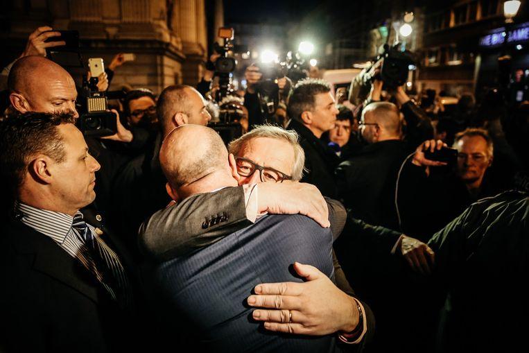 Premier Michel met EU-president Juncker. Beeld Wouter Van Vooren