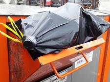 Aandacht voor troep bij containers in Apeldoorn