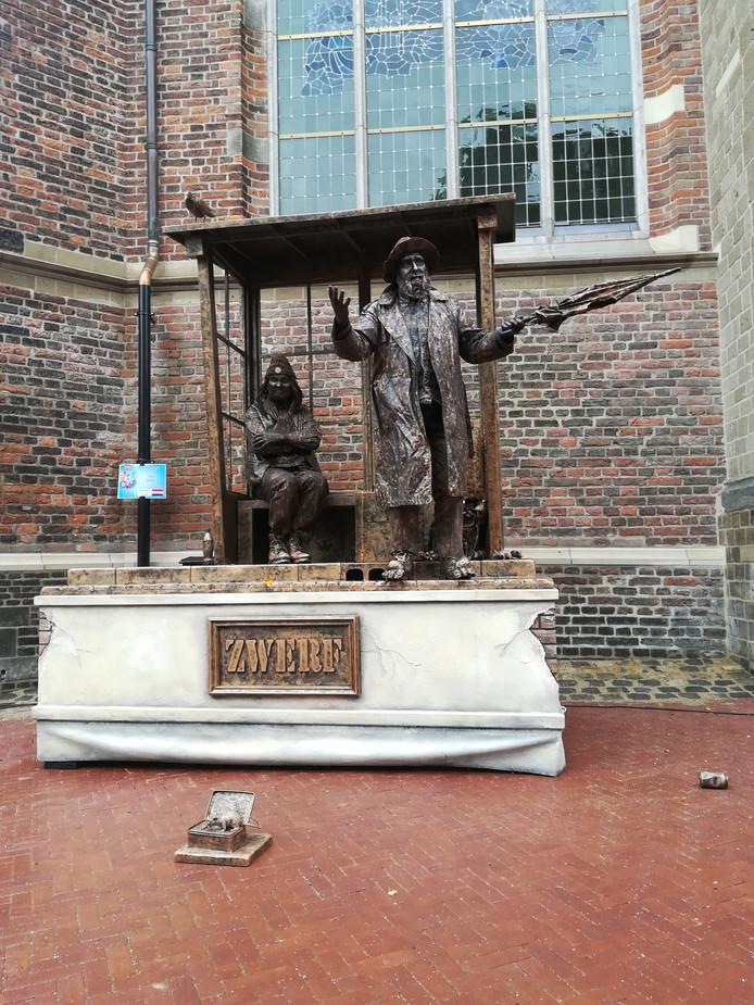 De inzending 'Zwerf' van Kalefater uit Nijverdal haalde een tweede prijs op het WK Living Statues in Arnhem en was ook goed voor de nationale titel.